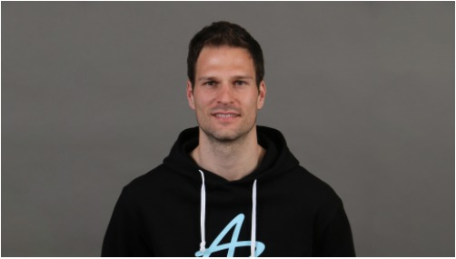 Quiz with Asmir Begovic. Former Stoke, Chelsea, Bournemouth, now current AC Milan goalkeeper.