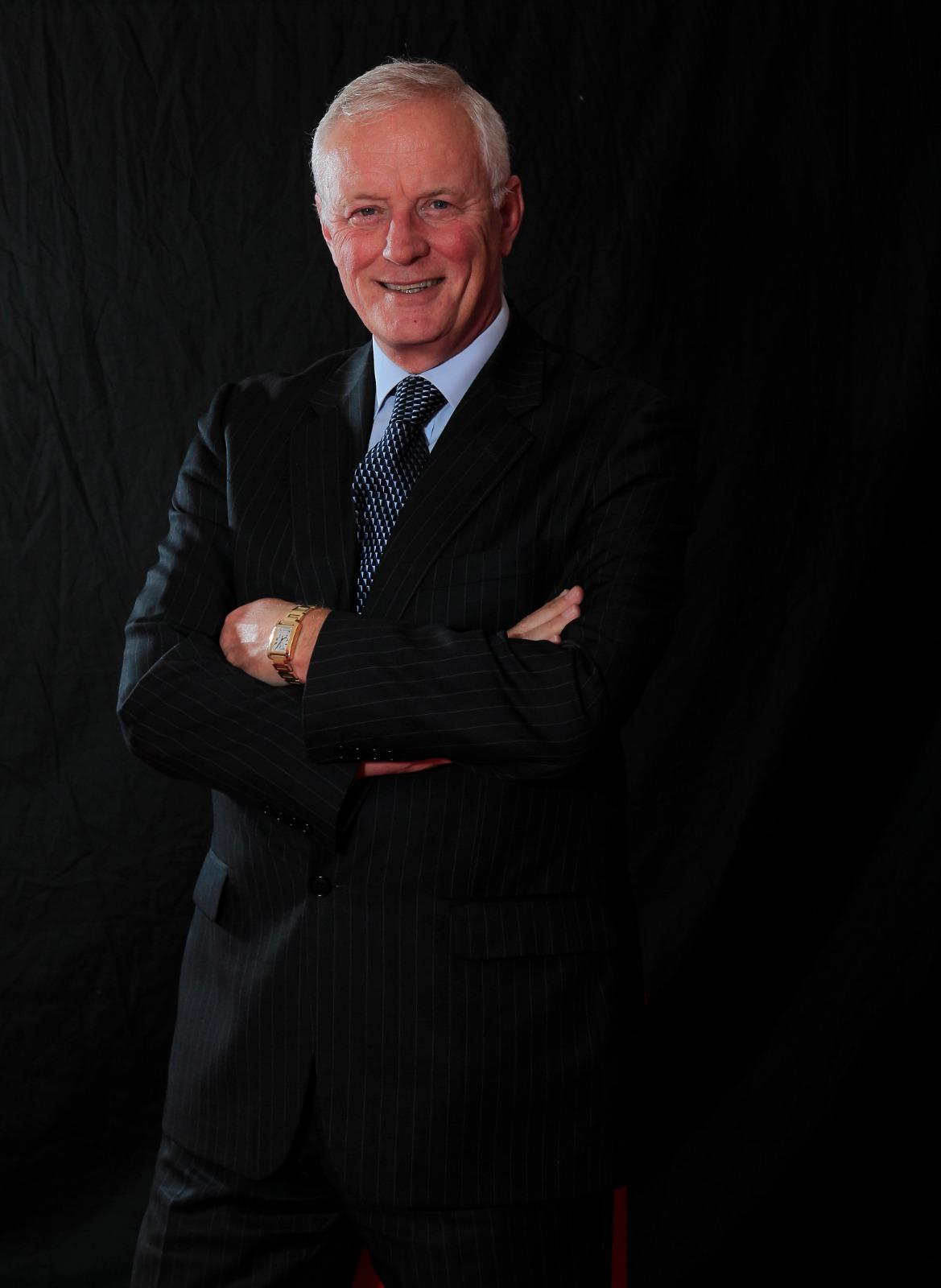 The 60 Minute Show. Featuring Barry Hearn - Snooker, Darts, Boxing Entrepreneur.